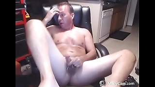 jerking tiny penis and shooting small load