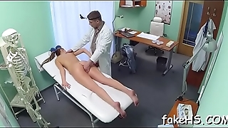 Filthy doctor knows the most first-class ways to enjoy the wild sex