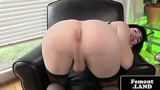 Wanking femboi in stockings masturbating