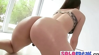 Alexis Rodriguez big ass girl play betterment camera