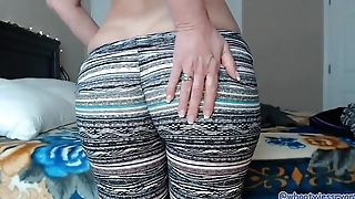 Perfect Milf Ass Models Yoga Pants Jess Ryan