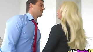 Olivia Fox seduces her new assistant with her huge tits