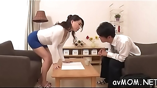 Slim mommy positions her tight cunt on immutable cock whilst deepthroating