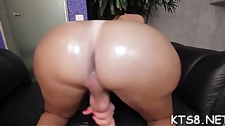 Unimpassioned shaft drives in big juicy butthole of a kinky shemale